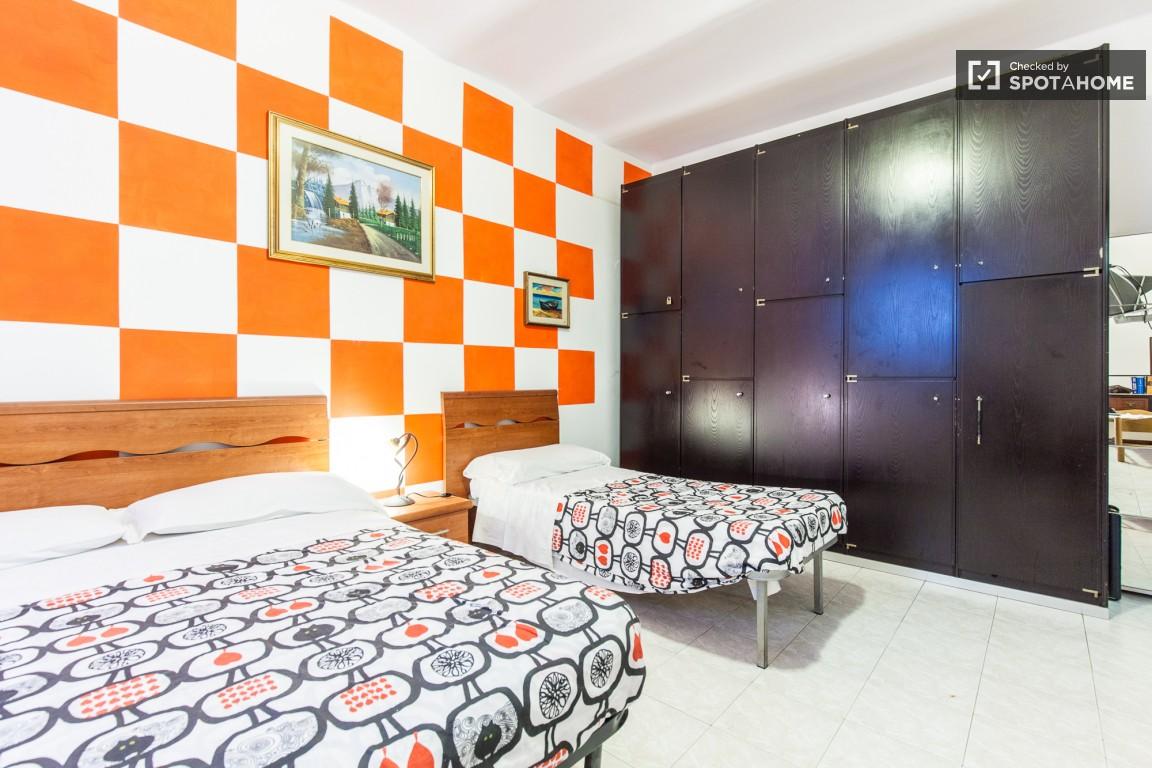 Alloggi koin centre for Appartamento sinonimo